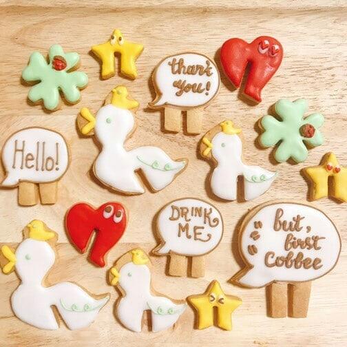 11/25(日)アイシングクッキーワークショップのご案内こんな可愛いらしいクッキーが作れるそうです時間帯によってはまだ空きがございます、お問い合わせお待ちしております#平野区 #パン屋 #あひる珈琲 #ワークショップ #アイシングクッキー #naacookie